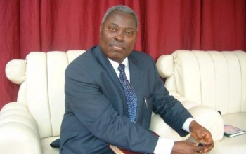 Pastor Kumuyi of Deeper Life Bible Church bans the Use of iPad & Android Devices during Service