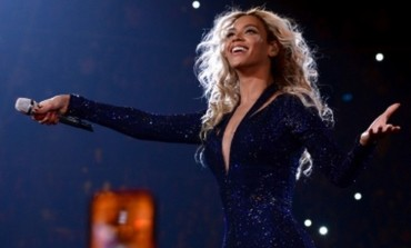 Beyonce Looks Fabulous In Ankara! [PHOTOS]