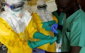 Nigerian doctor who treated Liberian man tests positive to Ebola virus