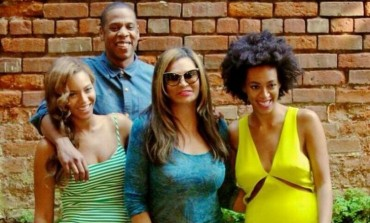 "Tina Knowles Debunks Beyonce & Jay-Z Divorce Rumors: ""Everything's Perfect"""