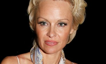 Pamela Anderson Rejects ALS Ice Bucket Challenge Over Animal Cruelty