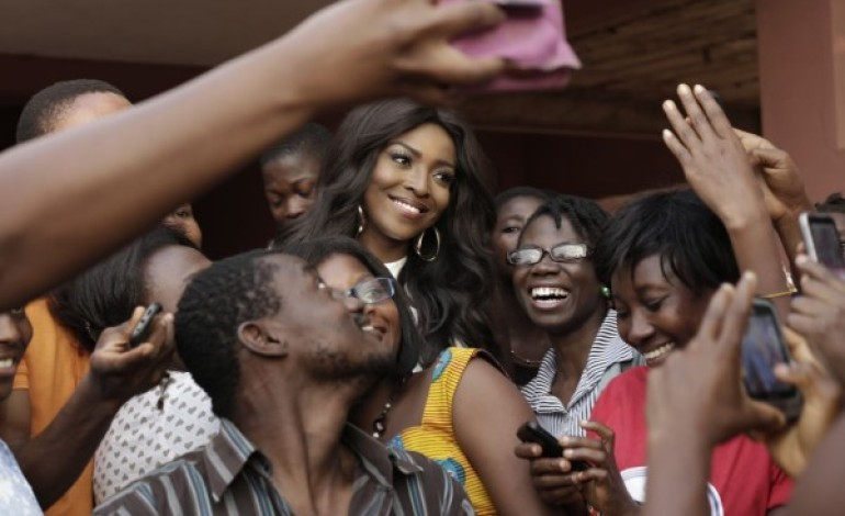 Yvonne Okoro gives Good Advice on Overcoming Obstacles in Life & Career at OphanAid Africa Event in Accra