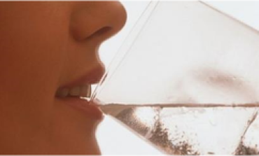 Woman Drinks 3 Liters Of Water Every Day, And The Final Results Were Shocking!