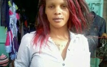 Kenyan Lady Says She's Ready, Posts Raunchy Pix And Offers Money For S£x [Photos]