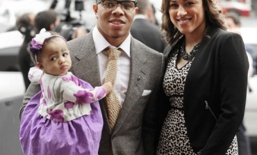 Good! Ray & Janay Rice Stand Together