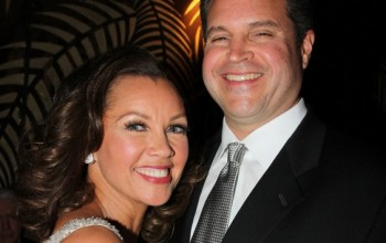 Actress Vanessa Williams Gets Engaged!