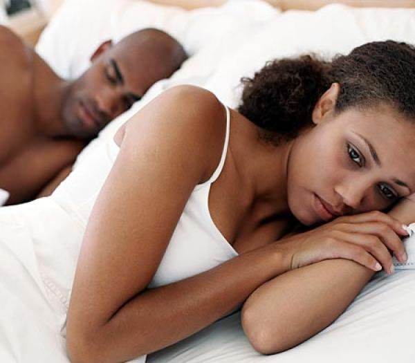 images-couple_in_bed_distressed