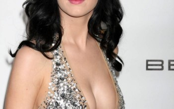 What Do You Think Katy Perry is Doing Please Be The Judge [Video + Photos]