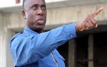 Nigeria Political Thugs Open Fire At Gov. Amaechi's Convoy In Rivers
