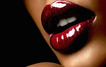 Girls' #lipstick colours and their #sexual meanings, Guy's only!!