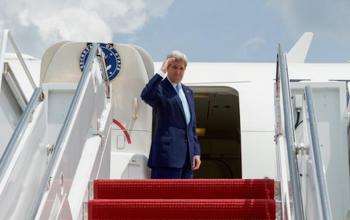 John Kerry On his Way to Nigeria for #Buhari's Inauguration – PHOTO