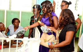 #SupportGhFloodsVictims - Jackie Appiah visited Children & victims who were affected by the flood/gas explosion, Photos