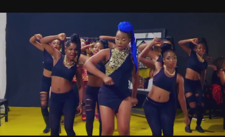 New Video: Yemi Alade – Pose accomplishment. Mugeez (R2Bees)