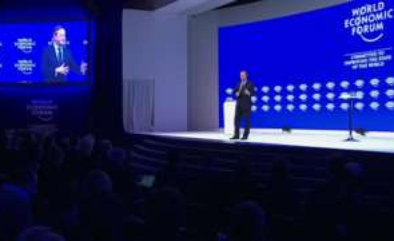 PM tells business 'back me over EU'