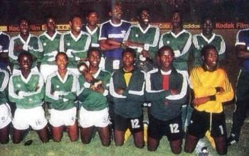 Buhari Fulfils 31yrs Old Promise; Gives 1985 Golden Eaglets N2million Each