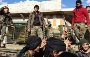 Troops 'cut Aleppo rebel supply route'