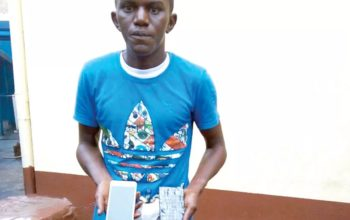 Fraudster: Police arrests18-year-old boy who defrauds buyers in traffic (Photo)