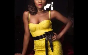 Famous singer Simi's outfit causes ripples on internet in this photo, video