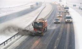 Snow begins to disrupt travel across the UK