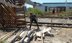 Desperate Phillippi residents erect shacks on railway tracks [photos]