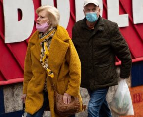 Shoppers defy economic gloom in September